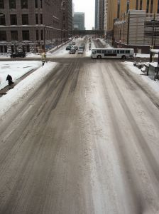 downtown-street-under-snow-730727-m